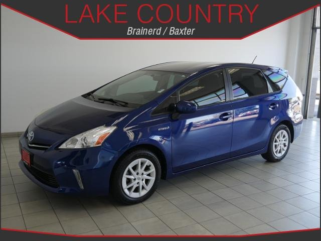 Pre-Owned 2013 Toyota Prius v TWO BACKUP CAMERA BLUETOOTH USB I POD CONNECTIVITY
