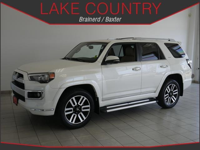 Pre-Owned 2016 Toyota 4Runner Limited Moonroof Heated seats