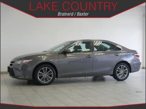 Pre-Owned 2016 Toyota Camry SE Convenience Package Nav Moonroof Smart Key
