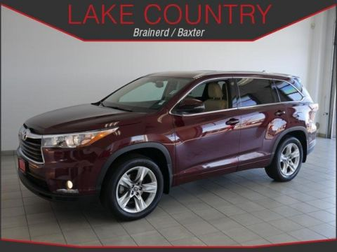Pre-Owned 2016 Toyota Highlander Limited NAVIGATION HEATED AND COOLED SEATS