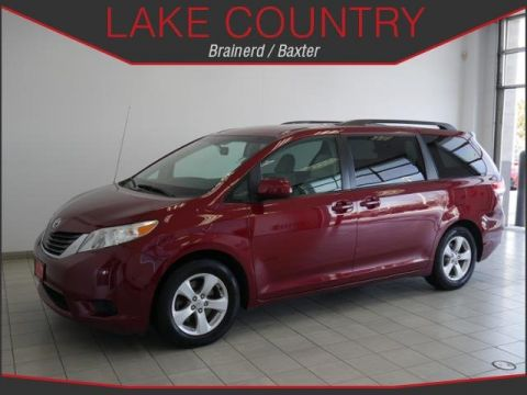 Pre-Owned 2012 Toyota Sienna LE Dual Power Doors Power Drivers Seat